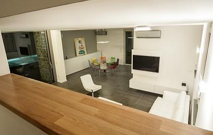 Villa unifamiliare – residenza privata<br /> Comune di Bastia Umbra (PG) <br /> Committente: privato<br /> Prestazione professionale: consulenza su arredamento degli interni, direzione lavori