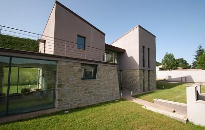 Construção de um edifício residencial privado<br /> Município de Foligno (PG) loc. Casale di Scopoli<br /> Serviços profissionais: projeto arquitetônico, engenharia de planta, supervisão de construção, coordenação de segurança