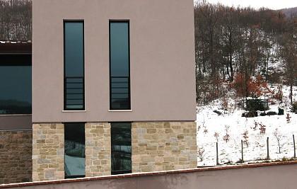 Realizzazione di edificio residenziale privato<br /> Comune di Foligno (PG) loc. Casale di Scopoli<br /> Prestazione professionale: progettazione architettonica, impiantistica, direzione lavori, coordinamento per la sicurezza